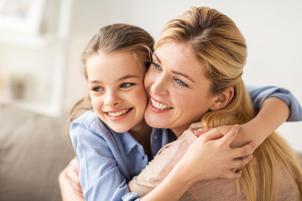 mom and daughter hugging after Glendale family and divorce mediation